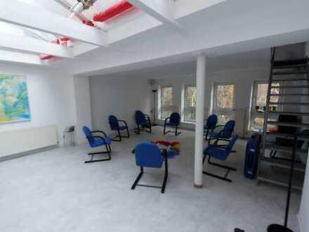 Atrium der 1000-Möglichkeiten: Praxis, Büro, Ladenlokal mit Wohnoption - hier ist alles möglich