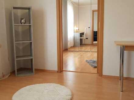Appartment-Charakter, all inclusive: Schicke 24 qm auf 2 eigene Zimmer verteilt, schön möbliert, in