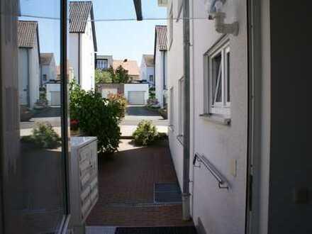 Schöne, geräumige zwei Zimmer Wohnung in Neustadt a.d. Waldnaab (Kreis), Neustadt an der Waldnaab