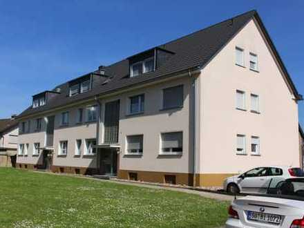 Mondorf / Rhein + Hafennähe: superschön geschnittene 3-Zimmerwohnung mit gr. Balkon in 3-Parteinhaus