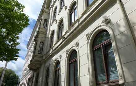 repräsentatives Büro am Waldplatz / 1. Etage / 4 Zimmer + Empfang / Küche / Balkon / DV-Verkabelung