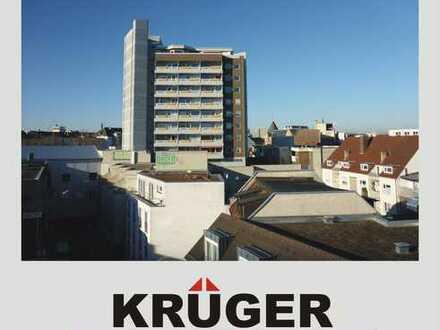 KA-Innenstadt / gepflegte 2,5-Zi-Whg mit Balkon & Weitblick, TG-Stellplatz / vermietet