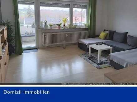 Helle 3 Zimmerwohnung mit Balkon in Ditzingen-Hirschlanden