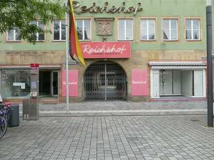 Großzügige Gewerbeflächen mitten in der Fußgängerzone zu vermieten