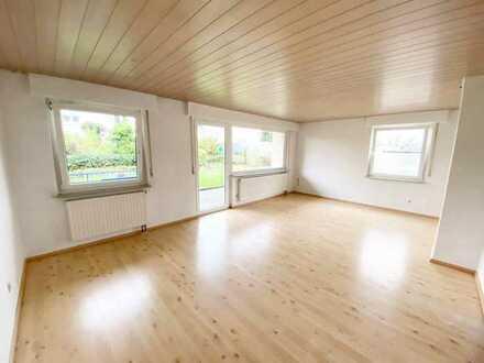 Renovierte Doppelhaushälfte m. EBK, Balkon, Terrasse u. Garten in ruhiger, sonniger Lage
