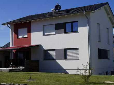 Schönes, geräumiges Haus mit sechs Zimmern in Ravensburg (Kreis), Ravensburg