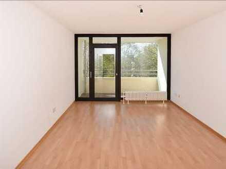 Helle, gut geschnittene 1-Zimmer-Wohnung mit EBK, Balkon und Stellplatz