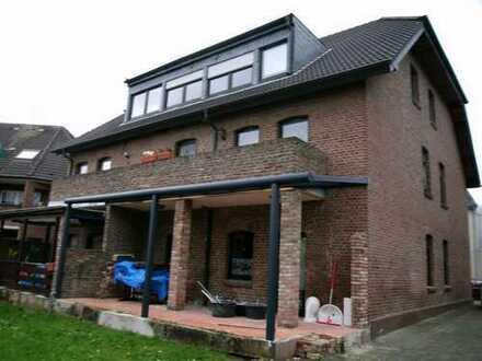 Schöne 3 Zimmer -Wohnung im Fünffamilienhaus,auch als Kapitalanlage.!!
