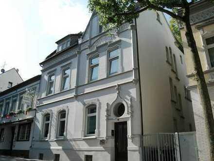 Traumhafte 360m² Jugendstilvilla - Fußgängerzone in Hörde! 2 Wohnungen vermietet - 118m² EG frei!