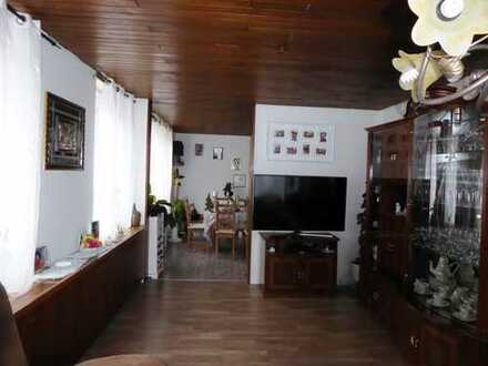 Günstige, neuwertige 3,5-Zimmer-Wohnung mit gehobener Innenausstattung zur Miete in Triberg