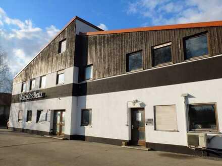 KFZ-Werkstatt für LKW, Bus, Transporter, Wohnmobil, PKW mit 80-100 Stellplätzen. Durchgangsstraße!!