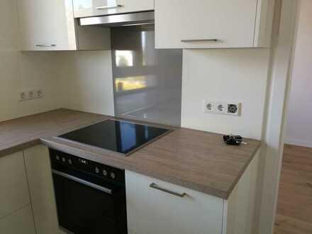 Erstbezug nach Sanierung:ansprechende 3-Zimmer-EG-Wohnung mit Einbauküche und Terrasse in Bessenbach