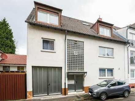 Frei werdendes Mehrfamilienhaus  in ruhiger Lage von MA-Neckarau