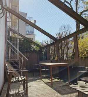 Charmante 3 Zimmer Altbauwohnung mit Sonnenterasse in Nordend Toplage
