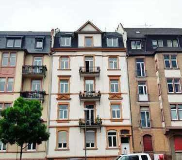 Direkt an der EZB: Schöne, helle 3-Zimmer-Wohnung mit Terrasse