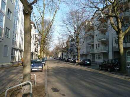 3 Zi Whg. mit Wintergarten und Wohnküche in sehr gepflegtem Haus