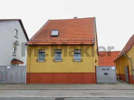 Gestaltungspotenzial: Sanierungsbedürftiges EFH mit Bauplatz in 2. Reihe