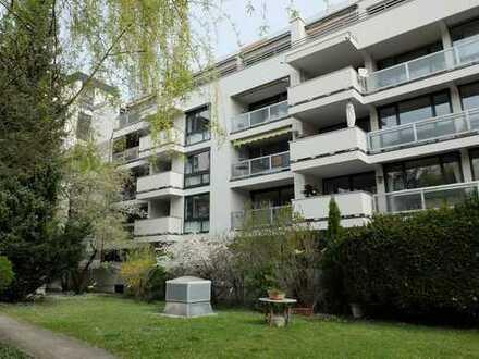 Großes Appartement in bester Lage von Altbogenhausen mit Südbalkon in bester Lage!