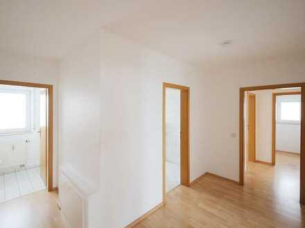Stilvolles Wohnen mit Garten. Gepflegte 3-Zimmer-Wohnung in Reichartshausen