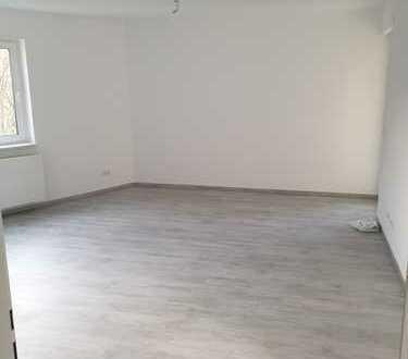Erstbezug nach Sanierung mit Balkon: schöne 3-Zimmer-Wohnung in Staufen im Breisgau