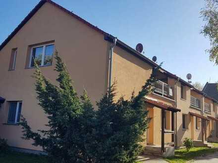 4 Maisonette-Wohnungen im Reihenhaus-Stil, 3 davon bezugsfrei