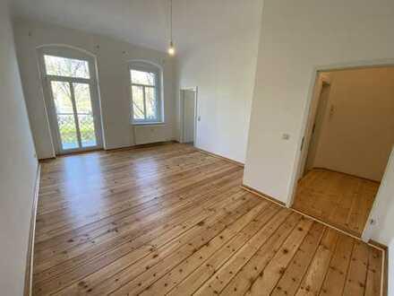 *NEU* Pärchen- oder Singlewohnung mit Balkon in Adlershof (Treptow)/ am S-Bhf. Adlershof