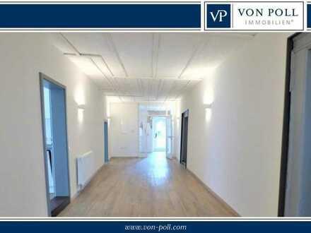 Erstbezug nach Sanierung: 5-Zi.-Altstadtwohnung mit Einbauküche und Balkon