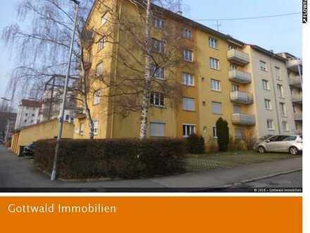 Wochenendpendler und Rentner aufgepasst: Schöne 2-Zimmer-Wohnung in ruhiger Lage mit Balkon!