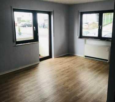 Erstbezug nach Sanierung: ansprechende 2-Zimmer-EG-Wohnung in Filderstadt (Plattenhardt)