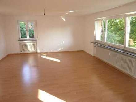 Attraktive 3,5-Zimmer-Wohnung in Straubenhardt. Einfach einziehen, und wohlfühlen