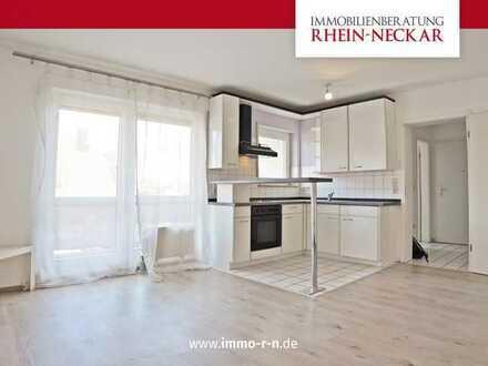 *** Lichtdurchflutete & geräumige 1 ZKB Wohnung mit EBK, Balkon und Stellplatz in der Tiefgarage ***
