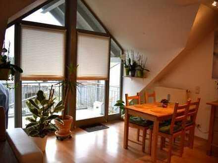 Gepflegte 3-Zimmer-Wohnung mit Balkon und EBK in Sinzing
