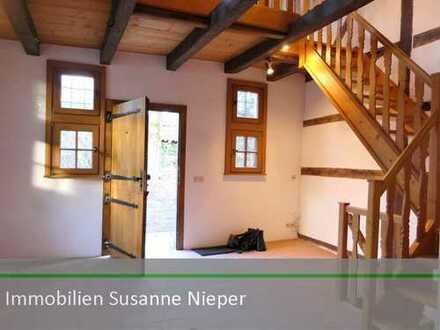 Historisches Wohnflair als Doppelhaushälfte mit Garten, Galerie und Stellplatz in SG-Wald