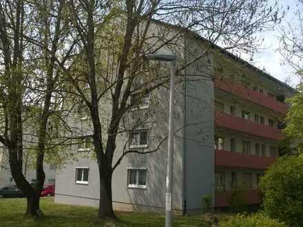 2-Zimmer-Wohnung mit 2 Stellplätzen, Niederwerrn