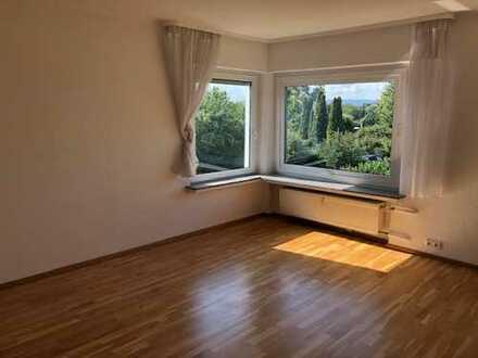 Helle und gut geschnittene 3-Zimmer-Wohnung mit Balkon in sehr guter Lage von Bad Vilbel