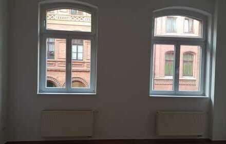 Freundliche 2-Zimmer-Wohnung mit EBK in Halle (Saale)