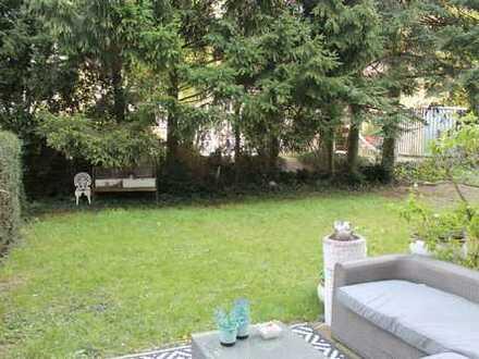 Geräumige und helle 3 Zimmer Erdgeschosswohnung mit eigenem Garten in Essen-Holsterhausen