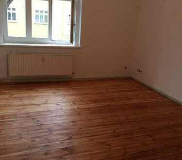 Schöne 3 Zimmer Altbauwohnung in Adlershof