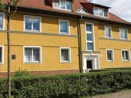 Schöne, geräumige Dachgeschoss-Wohnung