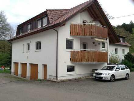 Attraktive 4-Zimmer-Wohnung mit Balkon und Einbauküche in Murrhardt