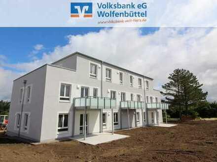 Moderner Wohnkomfort am Elm! Neubau-Erdgeschosswohnung mit Terrasse!