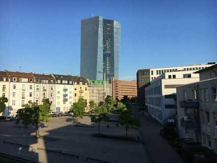 Schöne zwei-Zimmer Wohnung in Bestlage in Frankfurt am Main, Ostend