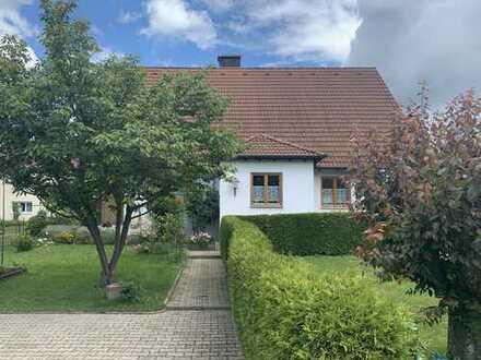 2-Familienhaus in Weingarten mit großem Garten -von PRIVAT- !