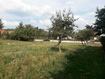Großes Grundstück in ruhiger ländlicher Lage