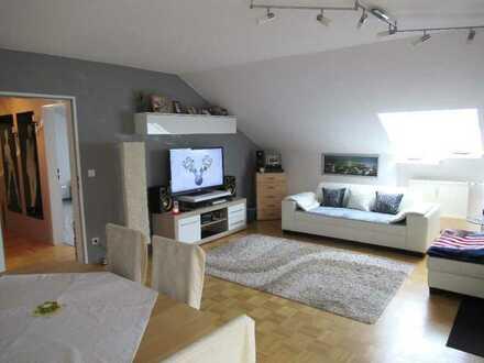 Ch.Schülke-Immobilien; Bei Freising, großzügige 2-Zi-DG-Wohnung mit Balkon