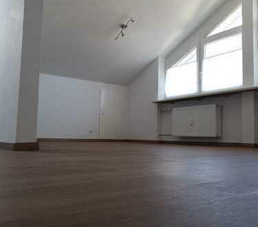 Sanierte 1-Zimmer-Dachgeschosswohnung mit EBK in Blaichach