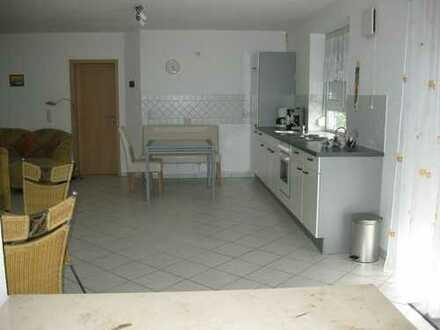 Idyllische Lage mit Main-Blick in Kahl/M. - Helle, lichtdurchflutete 2,5 Zimmer - Balkon - sehr ruh