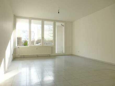 WBS erforderlich! Helle Erdgeschosswohnung mit Garten **Berlin und Potsdam liegen ganz nah** 