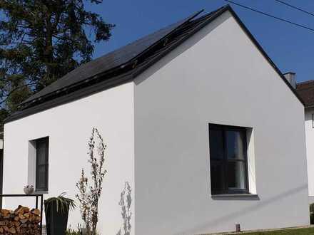 Neuwertige Einliegerwohnung mit zwei Zimmern und Einbauküche in der Nähe von Hohenwart