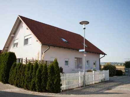 Gepflegte 3-Zimmer-Doppelhaushälfte + 3 Hobbyräume in Niederaichbach (130qm Nutzfläche)
